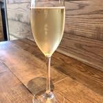 119783702 - スパークリングワイン