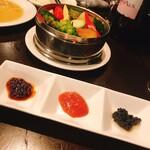 二階の中華 - せいろ蒸し野菜