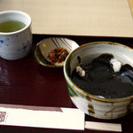 白松がモナカ本舗 - 料理写真:胡麻ぜんざい