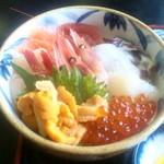 11980264 - 海鮮丼