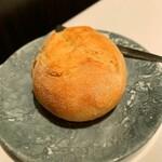 ALLIE - 自家製のパン