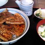 11982801 - 豚丼(並)780円
