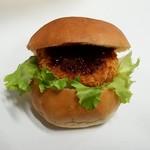 フジパン - プチバーガーコロッケ:108円