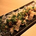 悠助 - 悠助 新宿店(東京都新宿区西新宿)トロトロ角煮のしょうがだれ 750円
