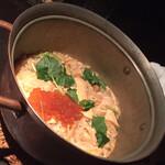 海老の髭 - ◆〆:鮭といくらの釜戸炊き銅鍋ご飯