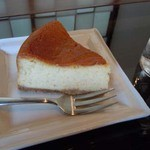 カフェ・ポステン - ベイクドチーズケーキ(味噌仕立て)