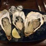 Oyster Bar MABUI - 生牡蠣食べ比べ3種盛