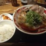 らーめん八角 - ちゃーしゅー麺