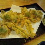 天麩羅 たけなわ - 山菜の天ぷら