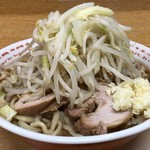 ラーメン二郎 - 【再訪】小(野菜,ニンニク,アブラ)