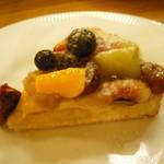 トップス - 本日のケーキ(タルト)