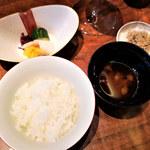 Mizuki - 白御飯 赤出汁 香の物