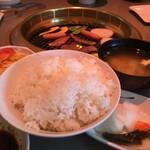 焼肉の白川 - 50円増でゴハン大盛にしました♡