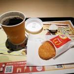 マクドナルド - 料理写真:ホットコーヒーとハッシュドポテト