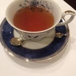 ブラッセリー ブルゴーニュ - 紅茶