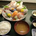 魚菜家 - 料理写真:上刺身定食