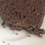 ハチイチゴ コーヒー スタンド - チョコレートブラウニーの断面