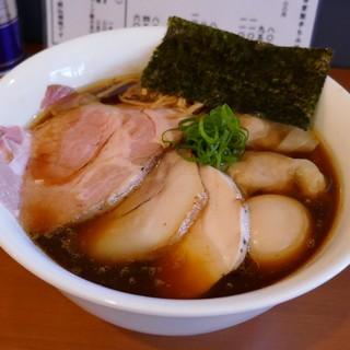 自家製手もみ麺 鈴ノ木 - 料理写真:特製醤油らーめん大盛1100円