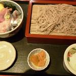 11989336 - 海鮮丼&もりそば