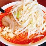 麺屋信次郎 - 料理写真:辛味噌信次郎(大盛)850円 野菜、ニンニク多め