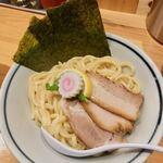 蕾 - 料理写真:特製煮干しつけ麺 1,180円 熱盛りリクエスト❤️