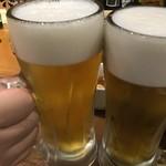 1ポンドのステーキハンバーグ タケル - その他写真:ビールで乾杯(2019.10.22)