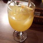 彦根バルやぶや食堂 - アルコール(サングリア:白)