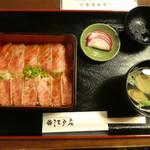 江戸庄 - 料理写真:村上牛レアステーキ丼の(上)2750円
