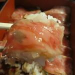 江戸庄 - ご飯の熱で霜降り肉の脂がとろけて美味