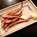 やきや - イカゲソ焼き(230円)