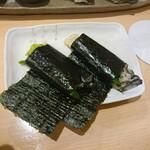 119933473 - 牡蠣の海苔巻き
