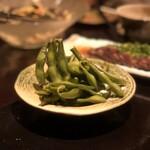 芋蔵 - 枝豆