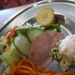 ゴールデンケチャップ - サラダ