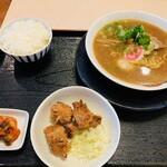 麺家 口熊野食堂 - いわゆる和歌山ラーメン系