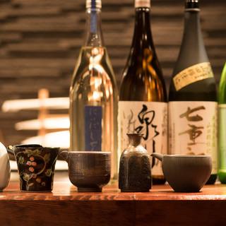 希少な日本酒やフランス産ワインなど、選りすぐりの美酒をご用意