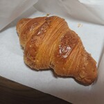 市東製作所 - 料理写真:クロワッサン 220円