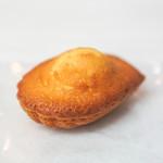 菓子屋 シノノメ - マドレーヌ・メープル