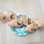 パン工房グラン・エピ - ベーコンエピ、我が家の朝食の定番ベーコンエピです、好きな大きさにちぎって食べれるんで重宝します。
