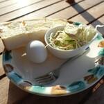 海カフェ イン ニシウラ - モーニングサービス