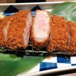 金の豚 - 料理写真: