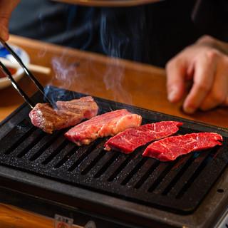 選び抜かれたお肉を1番美味しい食べ方でどうぞ♪