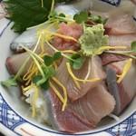 大阪屋 - ひしお(醤)丼(お醤油をかける前)