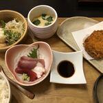 魚山人 - 料理写真:飛騨牛コロッケ定食1200円