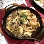 はじめの一っぽ 2 - ポルチーニ茸と3種のきのこのガーリックオイル煮(980円)
