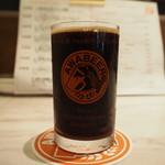 自家製ソーセージ&できたてビール酒場 T.S.Brewery - 飲み比べセット(クレイジースタウト)