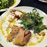 タンブラン - 沖縄豚のロース バルサミコと玉ねぎの和風ソース 西洋わさびを添えて