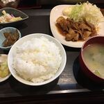 おにぎり屋 こころ - 料理写真:焼肉定食600円