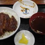 田村食堂 - 田村名物ソースかつ丼