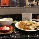 地酒と和中華 大石清 - 料理写真:海鮮あげそば(ランチセット)