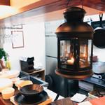 カフェ&シーフードバルべセル - キッチン